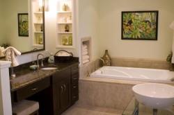 Мебель в классической ванной