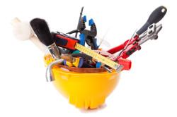 Инструменты для установки ванны