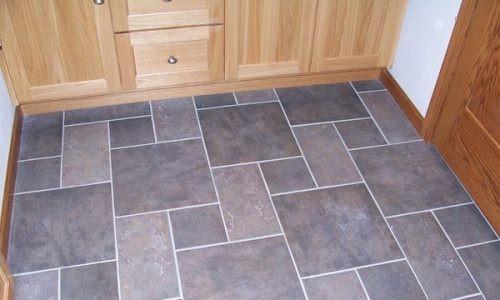 Монтаж плитки на деревянный пол