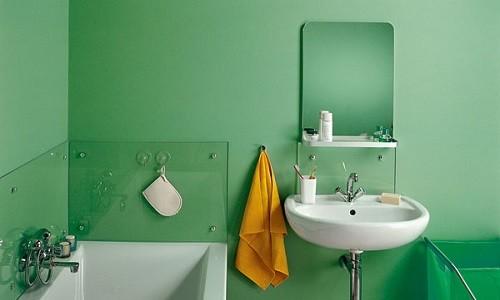 Покрашенные стены в ванной комнате