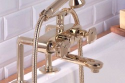 Латунный смеситель для ванны