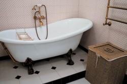 Ванная комната в классическом ретро стиле