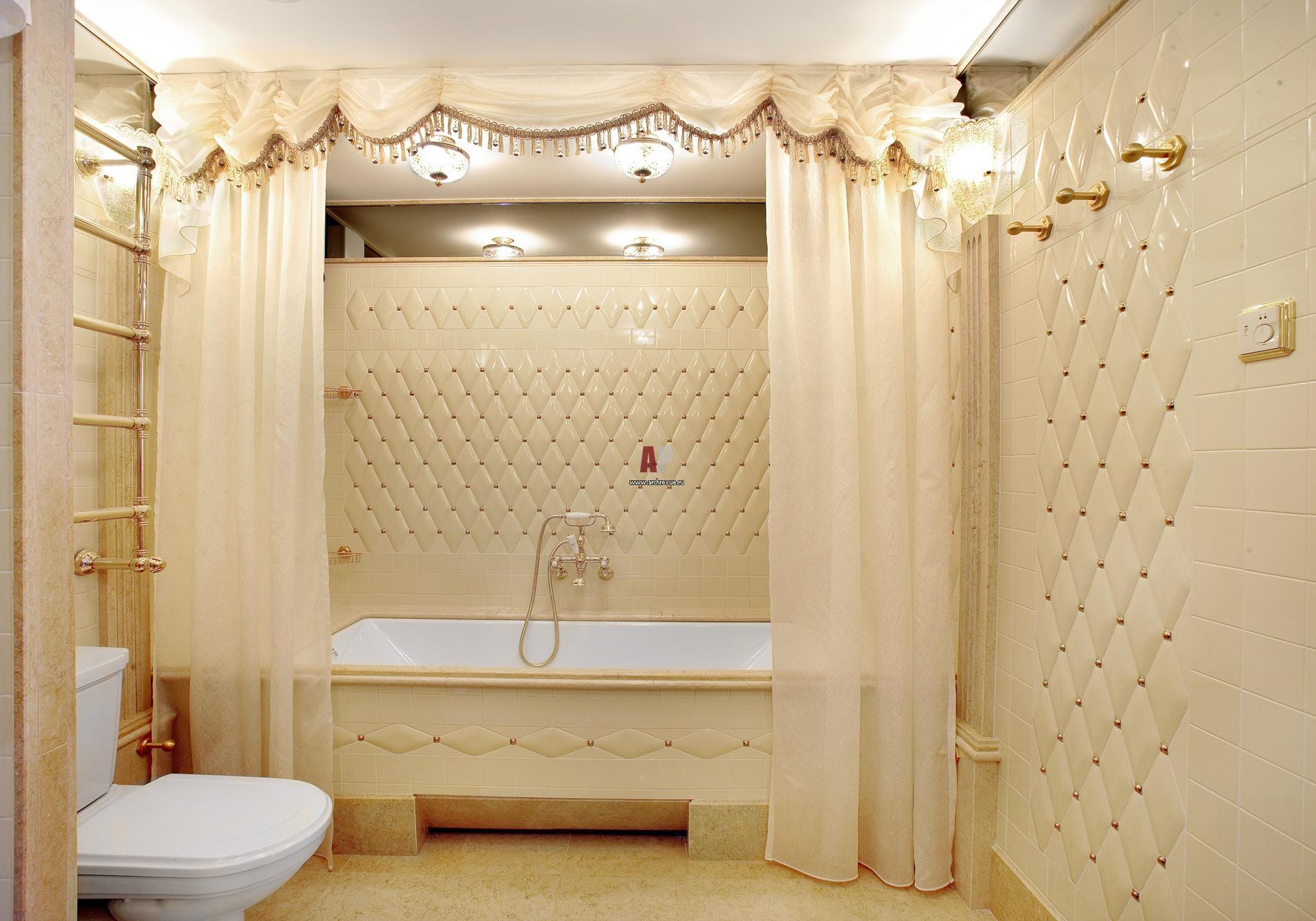 совмещенных ванной комнаты и туалета